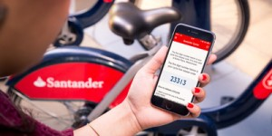 santander-smartphone-teaser_rdax_400x200
